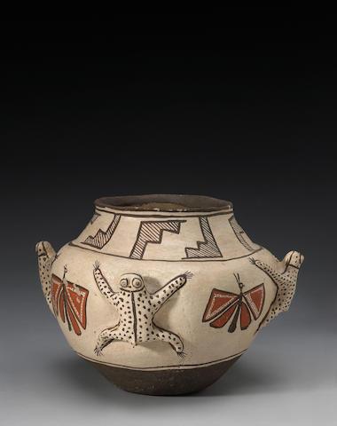 A Zuni polychrome frog jar