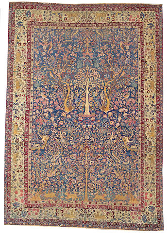 A Tehran carpet Central Persia, size approximately 6ft. 10in. x 9ft. 10in.
