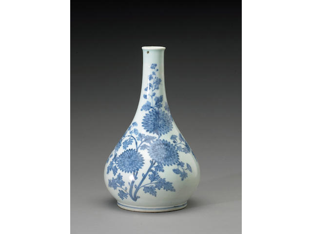 A fine and rare blue and white porcelain bottle vase with flowering branch decoration Joseon Dynasty, 19th Century