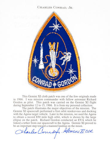 FLOWN GEMINI 11 MISSION EMBLEM  (Conrad Collection)