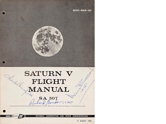 SATURN V FLIGHT MANUAL - SA 507, Crew Signed