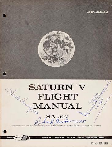 SATURN V FLIGHT MANUAL - SA 507, Crew Signed