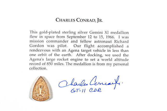 FLOWN Gemini 11 MEDALLION  (Conrad Collection)