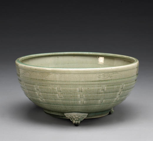 A Longquan celadon glazed footed censer Ming Dynasty