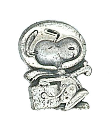 SNOOPY LAPEL PIN CARRIED ON APOLLO 13.