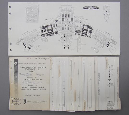 GEMINI 12 CONTROLS AND DISPLAYS.