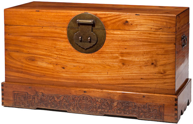 A camphorwood hinged chest, Yixiang 19th Century