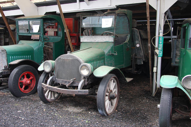 1915 Mack Flatbed Truck  Chassis no. 256