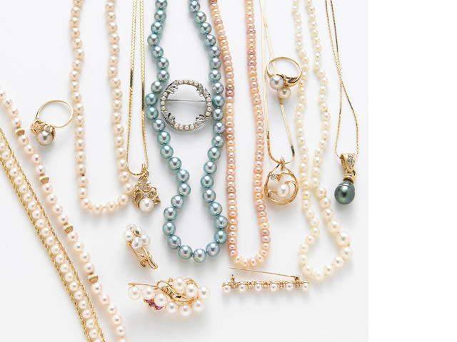 A collection of cultured pearl, diamond and gold jewelry (15pcs)