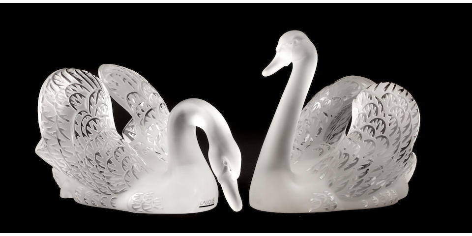 Two Lalique molded frosted glass swans: Cygne Tête Penchèe