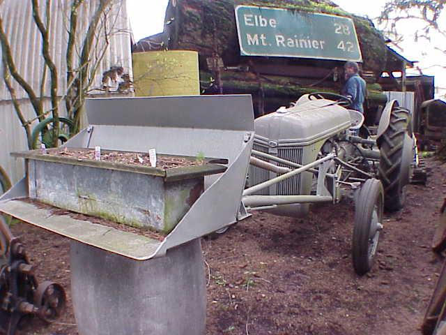 1940 Ford 9N Tractor  Chassis no. 43940