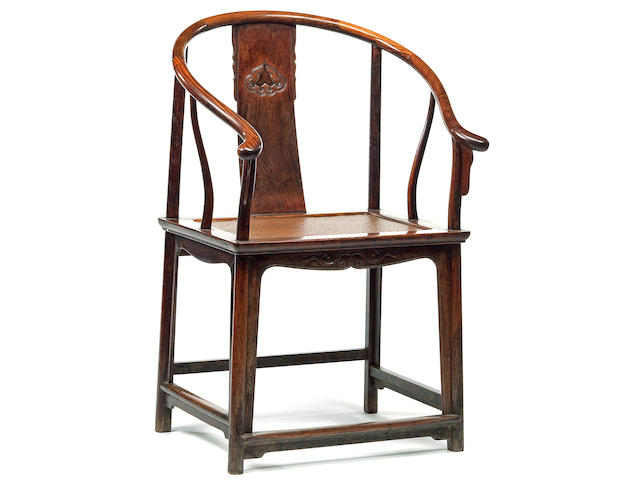 A huanghuali horseshoe back armchair, Quanyi 17th/18th Century