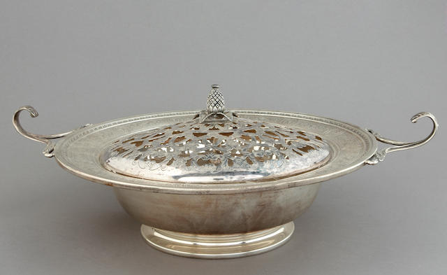 Sterling Wedgwood Flower Bowl with Plated Frog by International