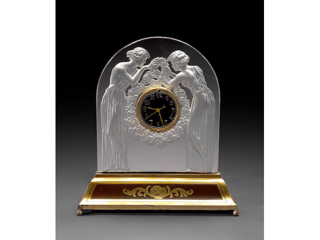 A René Lalique frosted glass table clock: Deux Figurines  Marcilhac 726, model introduced 1926