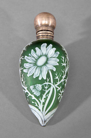 A Thomas Webb silver mounted cameo glass lay down scent bottle