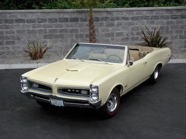 1966 Pontiac GTO Convertible  Chassis no. 242675K130945