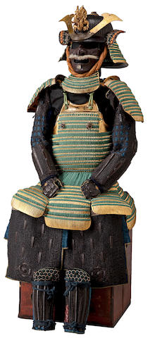 A GOLD-LACQUER ARMOR 18th-19th century