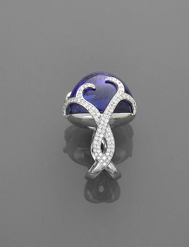 Exceptional Tanzanite and Diamond Ring