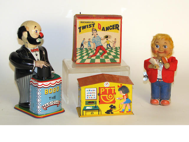 Japanese tin toy accumulation