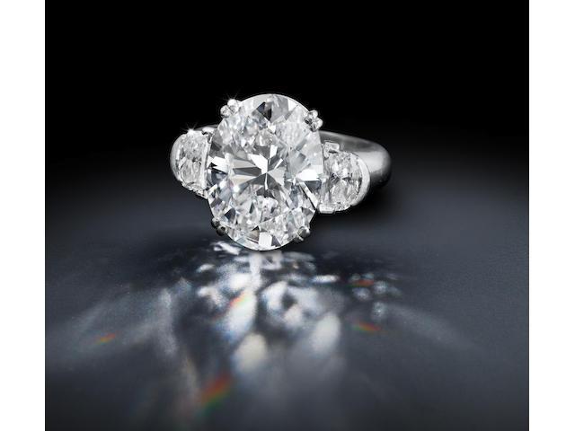 An impressive diamond solitaire ring
