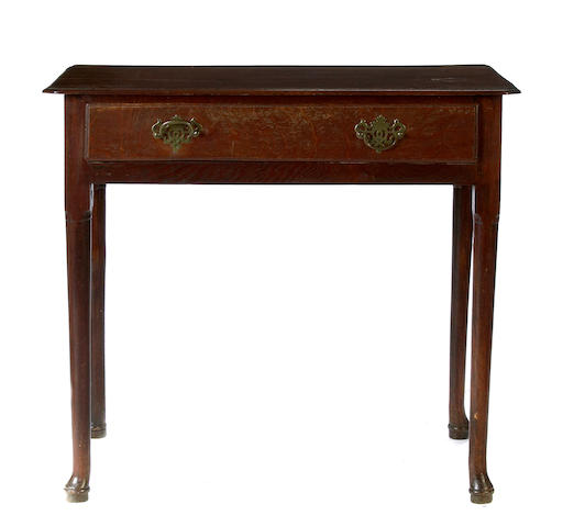 A Queen Anne style oak side table