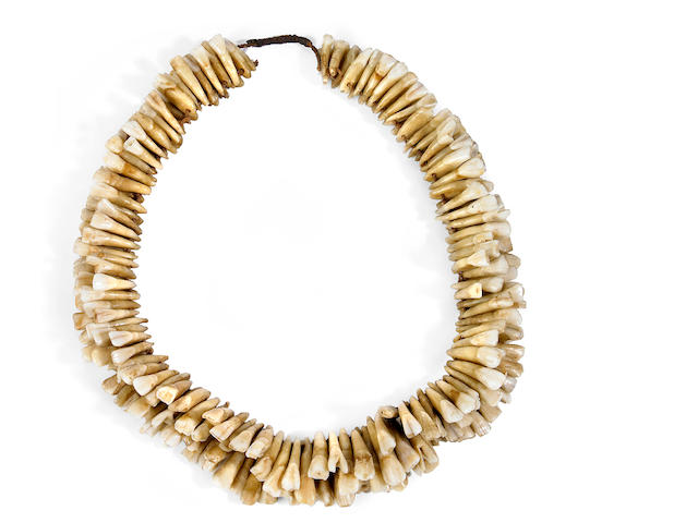A Kiribati tooth necklace length 9in