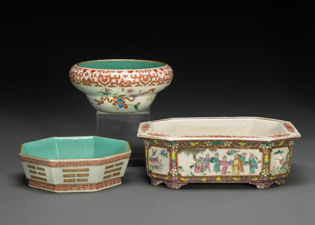 A group of three polychrome enameled porcelain containers Late Qing/Republic Period