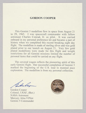 GORDON COOPER'S MEDALLION CARRIED ON GEMINI 5.