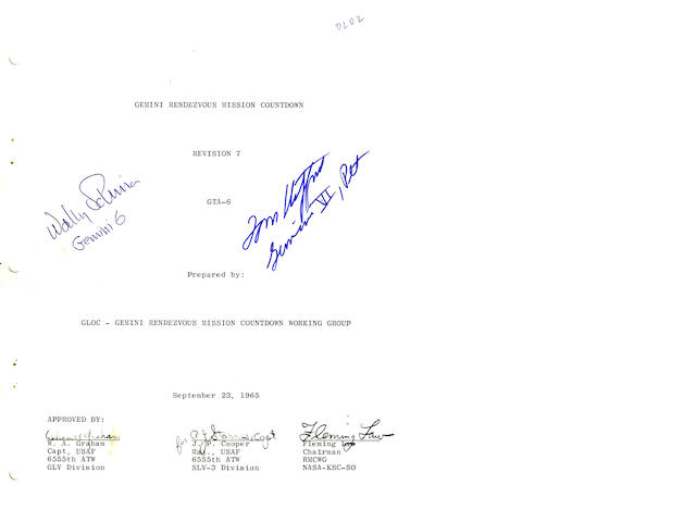 GEMINI COUNTDOWN MANUAL—CREW SIGNED.