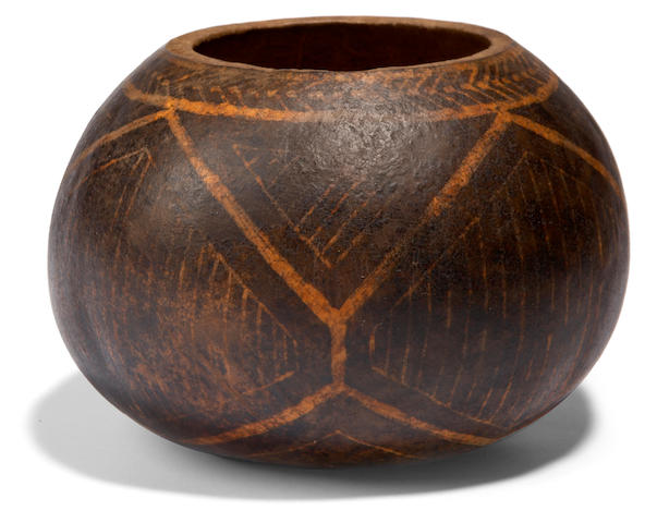 A Niihau decorated gourd height 3 1/2in; diameter 5in