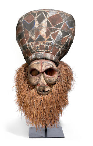 A large Kakungu mask, Nkanu peoples, Democratic Republic of the Congo