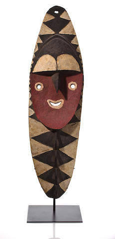 A large Minja figure, Nukuma People, Washkuk Hills, Middle Sepik