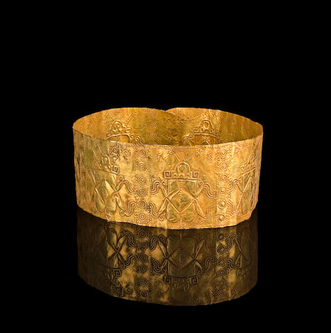 A rare Narino Ceremonial Gold Crown, ca. A.D. 200-500