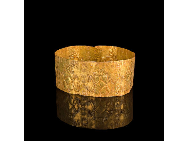 A rare Nariño Ceremonial Gold Crown, ca. A.D. 200-500