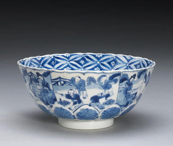 A blue and white export porcelain bowl Chenghua Mark, Kangxi Period