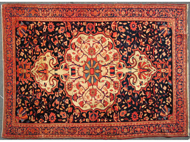 A Malayer rug Central Persia, size approximately 4ft. 6in. x 6ft. 5in.