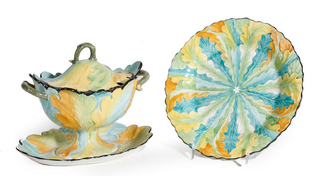 A set of twelve Davenport polychrome decorated luncheon plates