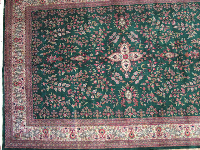 A Lilihan carpet Size approximately 9 ft. x 11ft 10in.