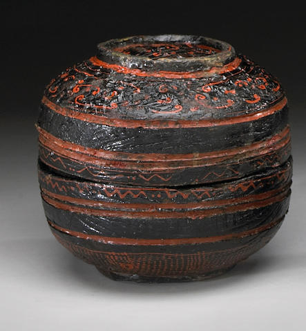 A lacquered wood covered box Warring States Period/Western Han Dynasty