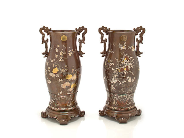 A pair of soft-metal inlaid bronze imperial presentation vases By the Kanazawa Doki Kaisha, Meiji period, late 19th century