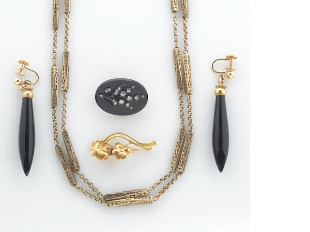 A collection of black onyx, diamond, seed pearl, 14k gold and 10k gold