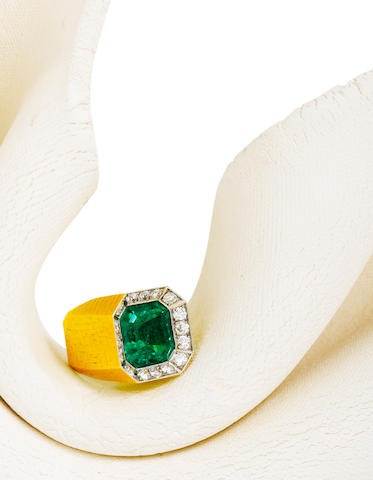 An emerald and diamond ring, Andrew Grima,