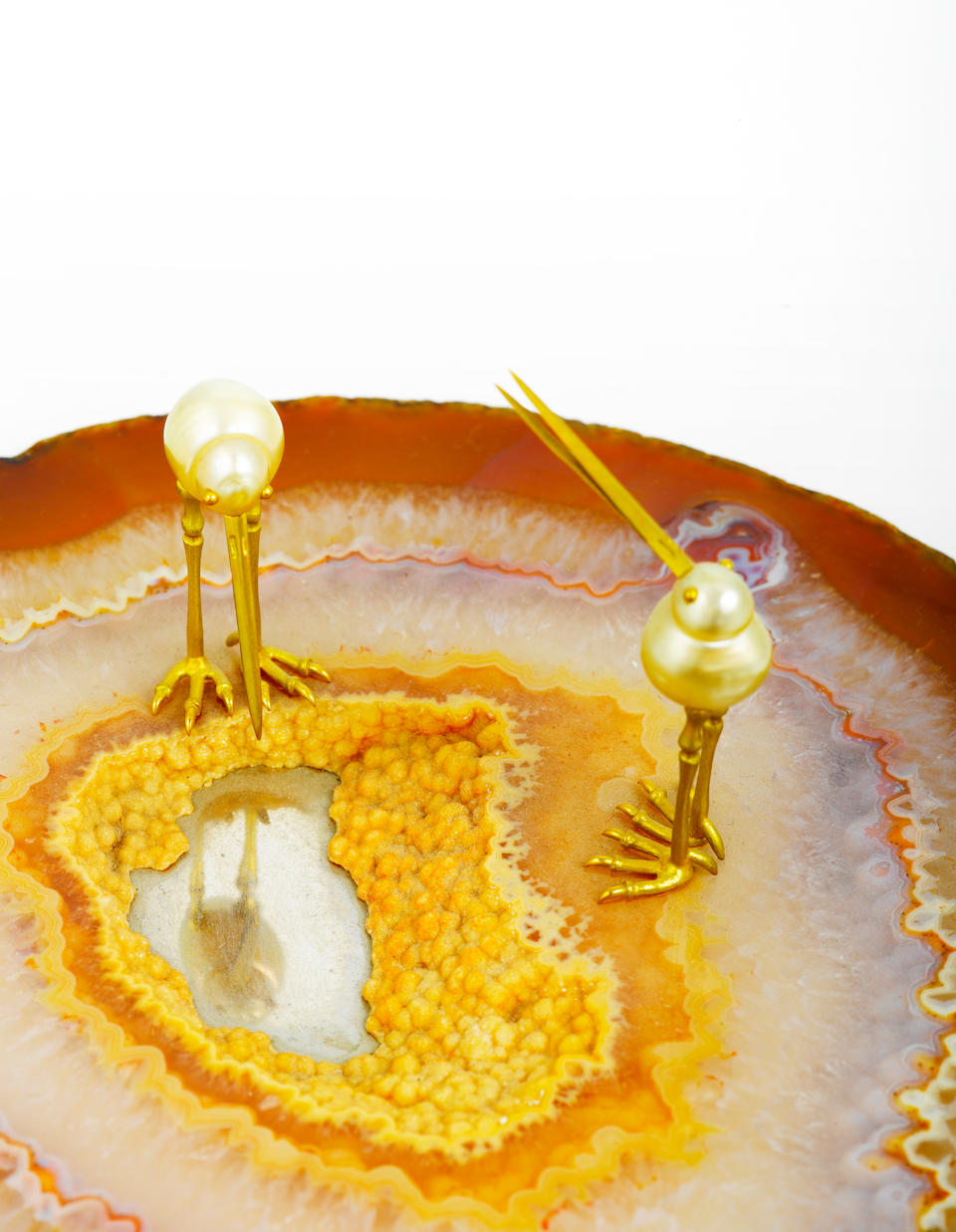An agate, South Sea cultured pearl and eighteen karat gold objet d'art, Andrew Grima,