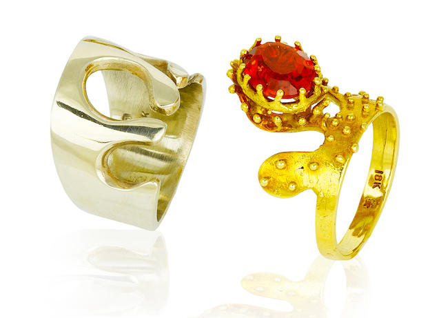 A fire opal and bicolor gold ring, Takashi Wada