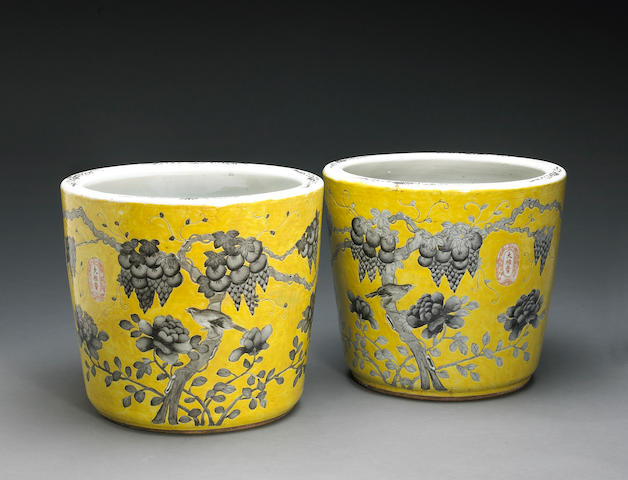 A pair of yellow ground pail-shaped jardinières with grisaille decoration Dayazhai Marks, Republic Period