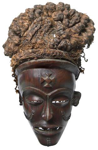Chokwe Mask, mwana pwo, Angola