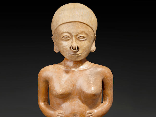Monumental Chinesco Female Figure, Type A,  Protoclassic, ca. 100 B.C. - A.D. 250