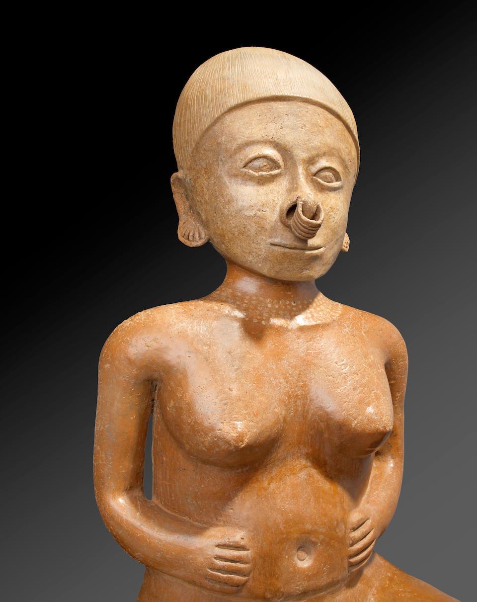 Monumental Chinesco Female Figure, Type A,  Protoclassic, ca. 100 B.C. - A.D. 250