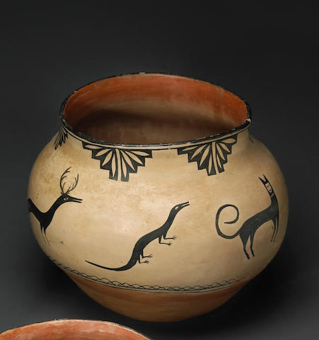 A Cochiti storage jar