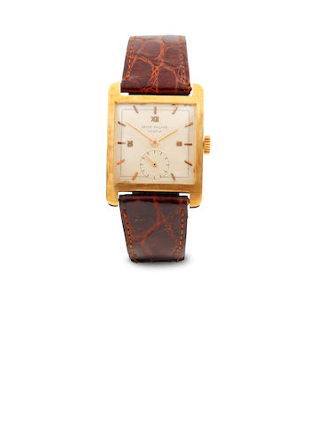 Patek Philippe. A fine 18K gold square wristwatchRef. 2433, case no. 669449, movement no. 958485, 1940's